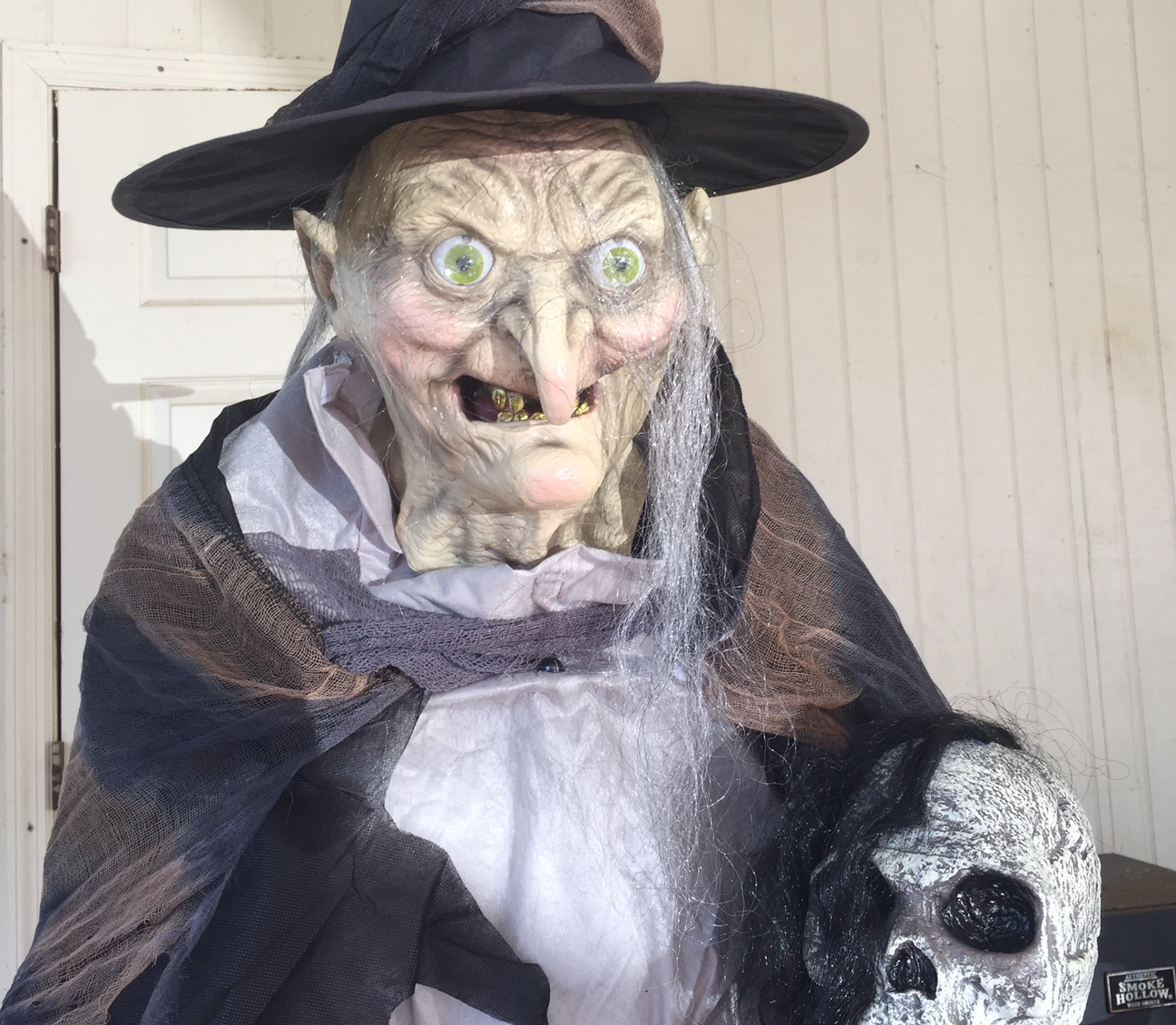 Spirit Halloween Slashes Prices on Select Halloween Animatronics