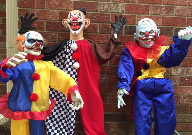 Utilizing Accent Clown Props For Circus Themed Haunts