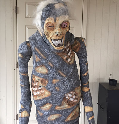 Shivering Mummy Animatronic Review