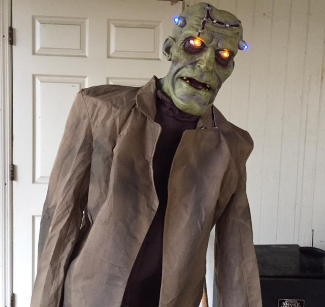 Home Accents 6 Ft. Animated Lab Monster Review (Frankenstein)