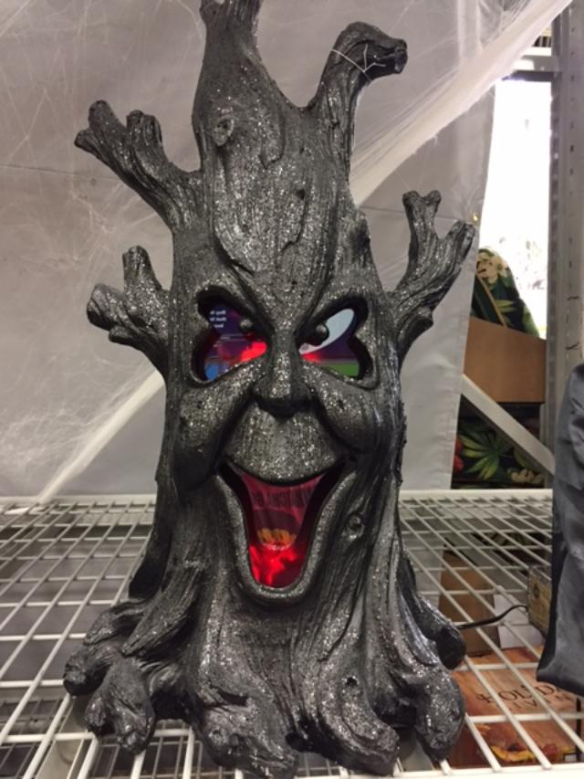 Lighted Spooky Tree from Lowes Review