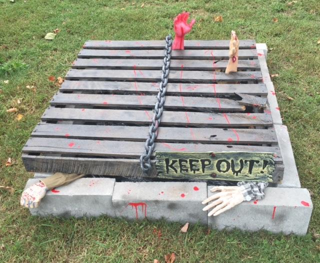 How to Make a Zombie Pit for Halloween