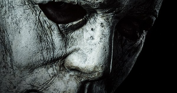 Michael Myers Animatronic is back at Spirit Halloween for 2018!