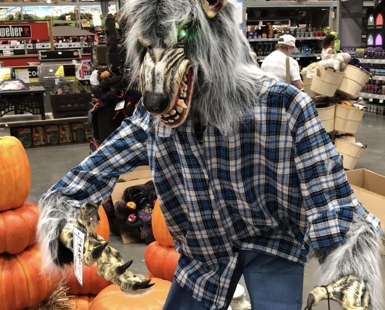2018 Lowe's Werewolf Greeter Animatronic Review