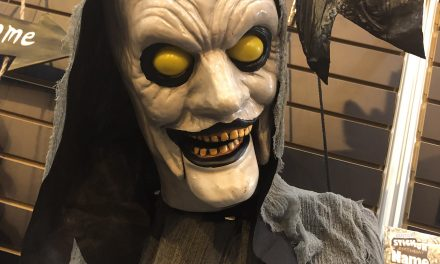 New For 2020: Animated Hanging Ghoul From Morbid Enterprises
